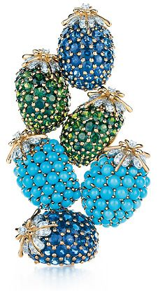 Tiffany & Co. This would go nicely with my basket of blue gem rings. #oakridgestyleheist