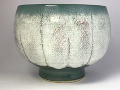 1199 TEXTURE MOSSY + 1173 RUNNING HOT CHOWDER Spectrum Glazes, Amaco Glazes, Ceramic Techniques, Glaze Recipe, The Potter's Wheel, Glazes For Pottery, Clay Art, Ceramic Art, Stoneware