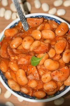 FASOLKA PO BRETOŃSKU Hunters Stew, Keto Recipes, Healthy Recipes, Polish Recipes, Polish Food, Breakfast Lunch Dinner, Kitchen Recipes, Vegetable Dishes, Soups And Stews