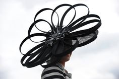 Ladies' Hats: the Ultimate Accessory for Every Summer Occasion - MyDaily UK