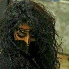 The Traditional Burqa Arabian Women, Arabian Beauty, Arabian Eyes, Hashtag Hijab, Dubai Fashionista, Arab Swag, Desert Dream, Arab Girls, World Photography
