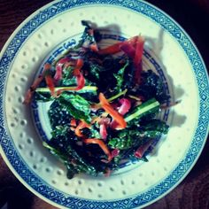 Kale and Carrot Slaw with Peanut and Sesamie Dressing #winter #fresh