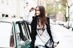 Designdschungel #blogger #inspiration #feralstuff #hamburg #startup #fashion #sweater #patch #streetsyle #style #look #lookbook #ganesha