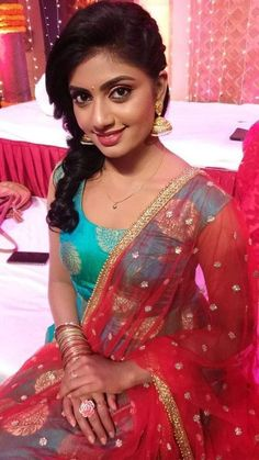 Fitness, Health, Recipes, Traveling, Celebrities and Entertainment Beautiful Bollywood Actress, Most Beautiful Indian Actress, Beautiful Actresses, Cute Beauty, Beauty Full Girl, Beauty Women, Beautiful Girl In India, Beautiful Girl Photo, Beautiful Saree