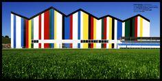 #Exterior #Gimnasio #moderno #edificios via @planreforma #accesoriosdiseñado por JOSE CORTES - FOTÓGRAFO - Marca colaboradora