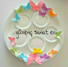 :)) boyamakk cokk guzel Clay Crafts, Diy And Crafts, Diy Home Decor, Favors, Decorative Plates, Flowers, Hobbies, Handmade, Gifts