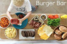 Burger bar display for summer bbq Sandwich Bar, Burger Bar Party, Sandwiches, Bbq Party, Party Snacks, Bruschetta Bar, Tapas, Summer Bbq, Summer Bucket