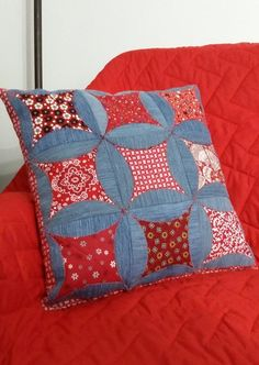 Custom Pillows, Decorative Pillows, Red Weave, Recycle Old Clothes, Make Your Own Clothes, Denim Crafts, Quilted Pillow, Patchwork Pillow, Recycled Denim