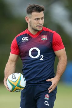 Danny Care of England Rugby Muscle, Watch Rugby, Sport Shirt Design, Hot Rugby Players, Australian Football, Rugby Men, Hard Men, Beefy Men, Rugby League