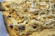 Briciole di Salute - ricette e consigli per mangiare in modo salutare: Pissaladière leggera - #saluteebenessere #cucinasalutare #food #salute #cibosano #focaccia #integrale