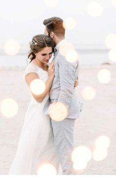 Maritime Hochzeitsstimmung an der Nordsee von Sandra Hützen Brautkleid/ Weddingdress by kisui Berlin: Style marguerite