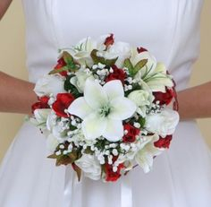 Discover recipes, home ideas, style inspiration and other ideas to try. White Rose Bouquet, Red Wedding Flowers, Rose Wedding Bouquet, Prom Flowers, White Wedding Bouquets, Bride Bouquets, Bridal Flowers, Floral Bouquets, Wedding Colors
