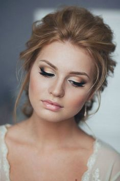 Magnificent Wedding Makeup Looks for Your Big Day ★ See more: http://glaminati.com/wedding-makeup-looks/
