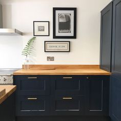 Create a sophisticated space with our Fairford Navy Shaker kitchen. Howdens Kitchens, Home Kitchens, Home Decor Kitchen, Kitchen Interior, Kitchen Ideas, Design Kitchen, Kitchen Furniture, Blue Kitchen Inspiration, Navy Kitchen Cabinets