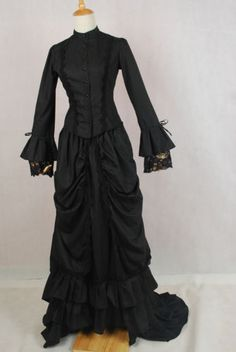 Black-Dowager Victorian-Mourning Dress