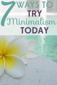 As a recovering shopaholic, I am dipping my toes into minimalism. These 7 simple ways to try minimalism have made it so easy!