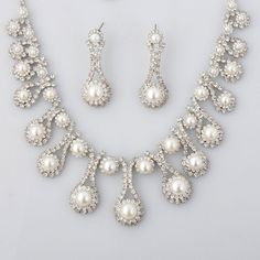 affordable-and-stunning-pearl-bridal-jewelry.jpg 800×800 pixels