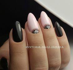 and Beautiful Nail Art Designs Round Nails, Oval Nails, Cute Nails, Pretty Nails, Hair And Nails, My Nails, Natural Nail Designs, Uñas Fashion, Geometric Nail