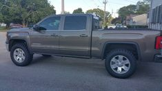 Page 3 of 6 - leveling kit do or don't? - posted in 2014 / 2015 / 2016 Silverado & Sierra Accessories & Modifications: Before / Stock RC 2.5 Just the front with 275/60/20 ko2 The hole kit front and rear