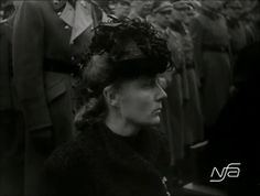 Lina Heydrich in mourning