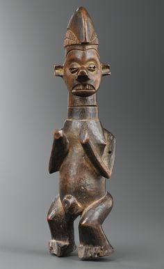 Statue / réceptacle, Yaka, République Démocratique du Congo | lot | Sotheby's