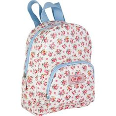 A perfect little bag for little people!  Ideal for school or nursery, this Hampton Rose mini rucksack is easy to carry and has enough room for packed lunch, with some extra space for pens and pencils.  Fully lined, with contrasting blue trims and matching pencil case also available.