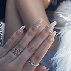Beige Nails nails nail art beige nails nail ideas nail designs nail pictures – Top Of The World Beige Nails, Nude Nails, Coffin Nails, Yellow Nails, Acrylic Nails, Gorgeous Nails, Pretty Nails, Ongles Beiges, Hair And Nails