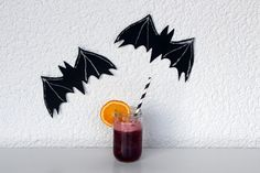 Spooky Halloween cocktails (also available as 'mocktail' versions) - via http://exexp.at