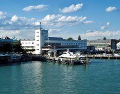 Beitrag zur #IMT13-Blogparade: Ein Museum im Wandel – Das Zeppelin Museum Friedrichshafen am #IMT13 #Friedrichshafen New York Skyline, Stuff To Do, Museum, Travel, History, Voyage, Viajes, Traveling, Trips