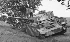 Abandoned Ausf. J, note the lengthened chassissides as tow…   Flickr