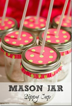 protect your picnic drink from bugs... use a mason jar, screw the ring around a cupcake liner.