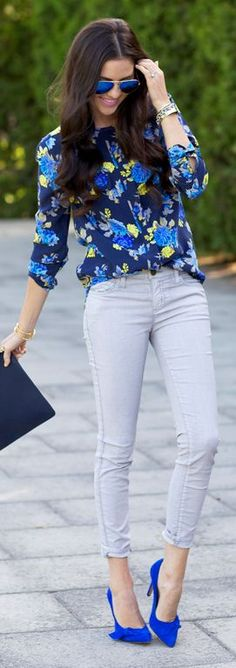 Love the pattern and style of the shirt and the pop of color with the shoes.