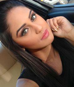 cute Krystle Dsouza Beautiful hd wallpapers Indian Tv Actress, Actress Pics, Best Actress, Beautiful Eyes, Beautiful Redhead, Krystal Dsouza, Arabian Beauty, Indian Celebrities, S Girls