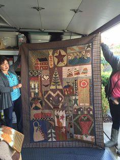 Done by Helen Salazar Appliqué Quilts, Patchwork Quilting, Red Wagon, Quilt Making, Quilt Blocks, Annie, Quilt Patterns, Applique, Clock