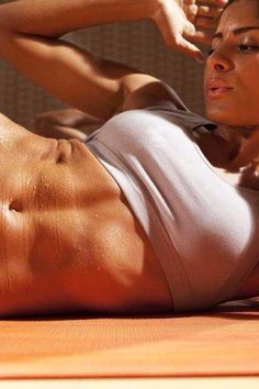 When you're tired of doing hundreds of crunches, THESE are the ab exercises for you.