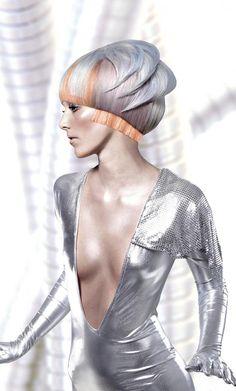 Hair disconnection Hair: Suzanne Pack, Texture Hair Salon, Ottawa, ON