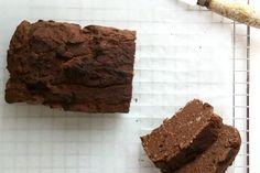 Gezonde brownies van zwarte bonen. Zwarte bonen? Ja! En ze zijn ongelofelijk lekker, smeuïg en ook nog eens een stuk gezonder. Gewoon proberen!