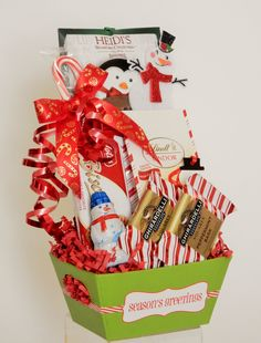 Mini Holiday Snack Gift Basket Business Profile, Novelty Items, Gift Baskets, Floral Arrangements, Party Favors, Custom Design, Gift Wrapping, Mini