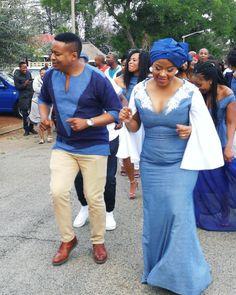 Shweshwe fashion designer Dresses of South Africa 2018 - Reny styles Setswana Traditional Dresses, African Traditional Wear, Traditional Wedding Attire, African Attire, African Fashion Dresses, African Dress, October Outfits, Shweshwe Dresses, Dress Images