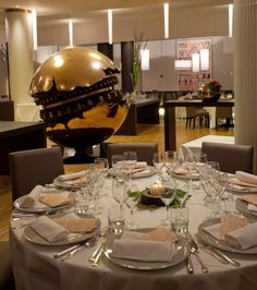 """I Mondiali"" banquet hall with Arnaldo Pomodoro's artwork, Park hotel ai Cappuccini, Gubbio"