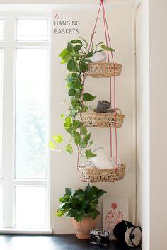 DIY Hanging Baskets www.apairandasparediy.com