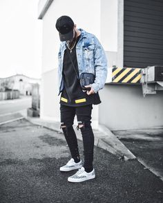 "1,867 mentions J'aime, 92 commentaires - ""NIKLAS WOYT"" (@ezcape) sur Instagram : ""Distressed soul 