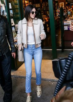 10/5/15 - Kendall Jenner shopping in Paris