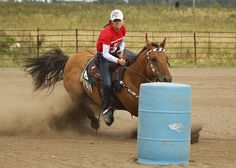 Barrel Racing by Al Braunworth. Someday my mom will let me do barrel racing.or I'll have to wait till college Barrel Racing Saddles, Barrel Racing Horses, Horse Saddles, Horse Tack, Horse Halters, Reining Horses, Breyer Horses, Trick Riding, Horse Show Clothes