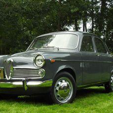 Classic Cars for Sale - Catawiki Alfa Romeo, Cars For Sale, Cool Cars, Classic Cars, Vehicles, Truck, Rolling Stock, Vintage Cars, Vehicle