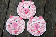 Activities, Art, and Snacks inspired by The Three Little Pigs @Jackie Godbold Robinson Sprangers and Me Book Club