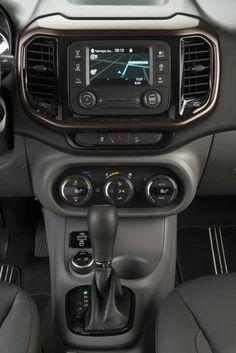 A Fiat acabou de divulgar os preços da picape Toro. A versão mais barata, Freedom, com motor 1.8 flexível e câmbio automático de seis marchas, custa Fiat Toro, Motor, Automobile, 1, Babies, Cars, Vehicles, Wish, Dashboards