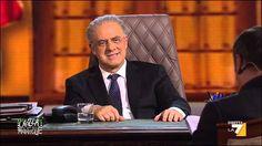 Crozza-De Luca contro i giudicetti della Consulta e i loro sorrisetti