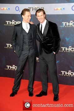 chris hemsworth tom hiddleston thor 2 china prem  | Picture - Tom Hiddleston and Chris Hemsworth at Sony Center | Photo ...