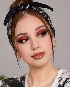 Fall Eye Makeup, Fall Wedding Makeup, Winter Makeup, Glam Makeup, Skin Makeup, Eyeshadow Makeup, Beauty Makeup, Makeup Tips, Makeup Products